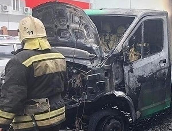 В Аксайском районе сгорела «ГАЗель»